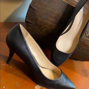Isaac Mizrahi Leather Pointed Toe Pumps Sz 11 Blk